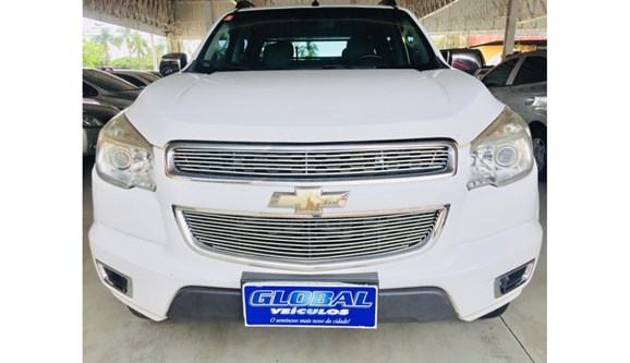 //www.autoline.com.br/carro/chevrolet/s-10-28-ltz-16v-diesel-4p-automatico/2013/toledo-pr/10431356