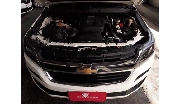 //www.autoline.com.br/carro/chevrolet/s-10-28-ls-16v-diesel-4p-manual-4x4-turbo-intercoo/2018/manaus-am/10758739