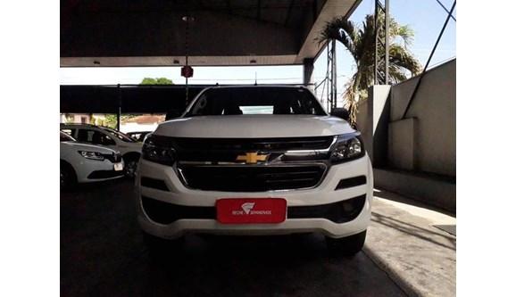 //www.autoline.com.br/carro/chevrolet/s-10-28-ls-16v-diesel-4p-manual-4x4-turbo-intercoo/2018/manaus-am/10758761
