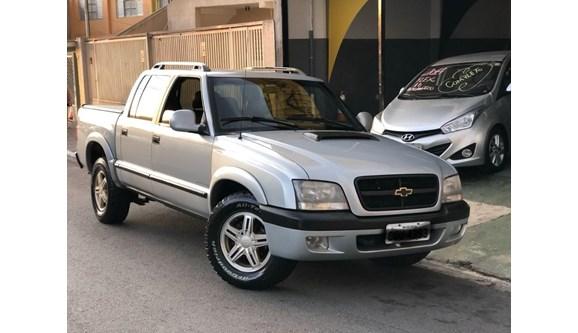 //www.autoline.com.br/carro/chevrolet/s-10-28-executive-12v-diesel-4p-manual-4x4-turbo-i/2011/osasco-sp/10952516