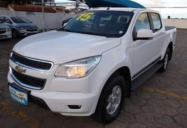 //www.autoline.com.br/carro/chevrolet/s-10-28-cd-lt-16v-diesel-4p-turbo-automatico/2015/sao-mateus-es/11014655