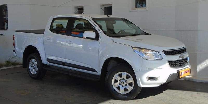 //www.autoline.com.br/carro/chevrolet/s-10-28-lt-cd-16v-diesel-4p-turbo-automatico/2013/brasilia-df/11561623
