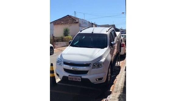 //www.autoline.com.br/carro/chevrolet/s-10-25-cd-ltz-16v-flex-4p-manual/2015/itumbiara-go/11843240