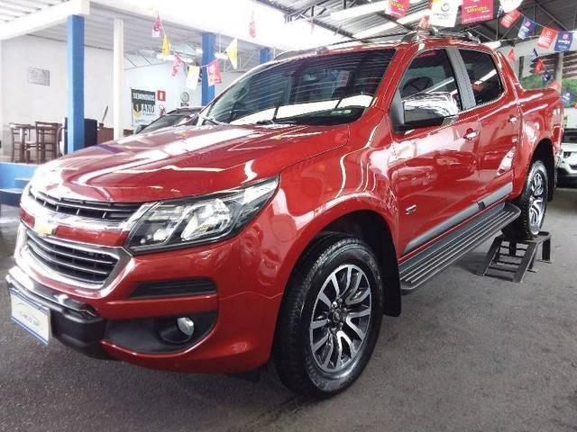 //www.autoline.com.br/carro/chevrolet/s-10-28-cd-high-country-16v-diesel-4p-4x4-turbo-au/2018/belo-horizonte-mg/11923155