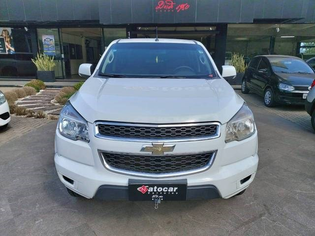 //www.autoline.com.br/carro/chevrolet/s-10-28-cd-lt-16v-diesel-4p-turbo-manual/2015/osorio-rs/12520002