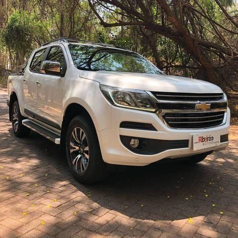 //www.autoline.com.br/carro/chevrolet/s-10-28-cd-ltz-16v-diesel-4p-turbo-automatico/2017/ribeirao-preto-sp/12567250