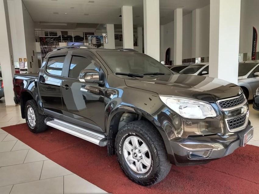 //www.autoline.com.br/carro/chevrolet/s-10-28-cd-lt-16v-diesel-4p-4x4-turbo-automatico/2014/palmeira-das-missoes-rs/13061685