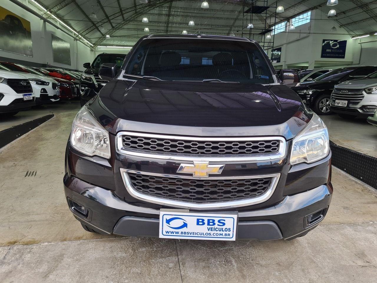 //www.autoline.com.br/carro/chevrolet/s-10-28-cd-lt-16v-diesel-4p-turbo-automatico/2015/sao-paulo-sp/13479801