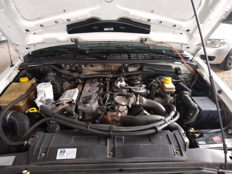 //www.autoline.com.br/carro/chevrolet/s-10-28-colina-cd-12v-diesel-4p-4x4-turbo-manual/2008/campina-grande-do-sul-pr/13486697