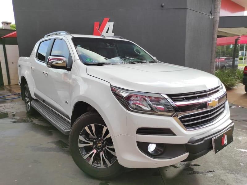 //www.autoline.com.br/carro/chevrolet/s-10-28-cd-ltz-16v-diesel-4p-4x4-turbo-automatico/2019/campo-grande-ms/13507757