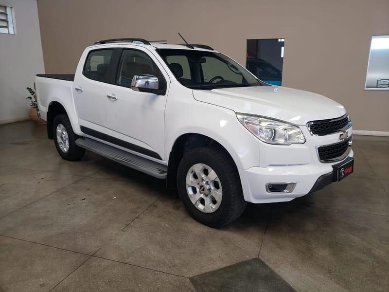 //www.autoline.com.br/carro/chevrolet/s-10-28-cd-ltz-16v-diesel-4p-turbo-automatico/2014/brumado-ba/13622905