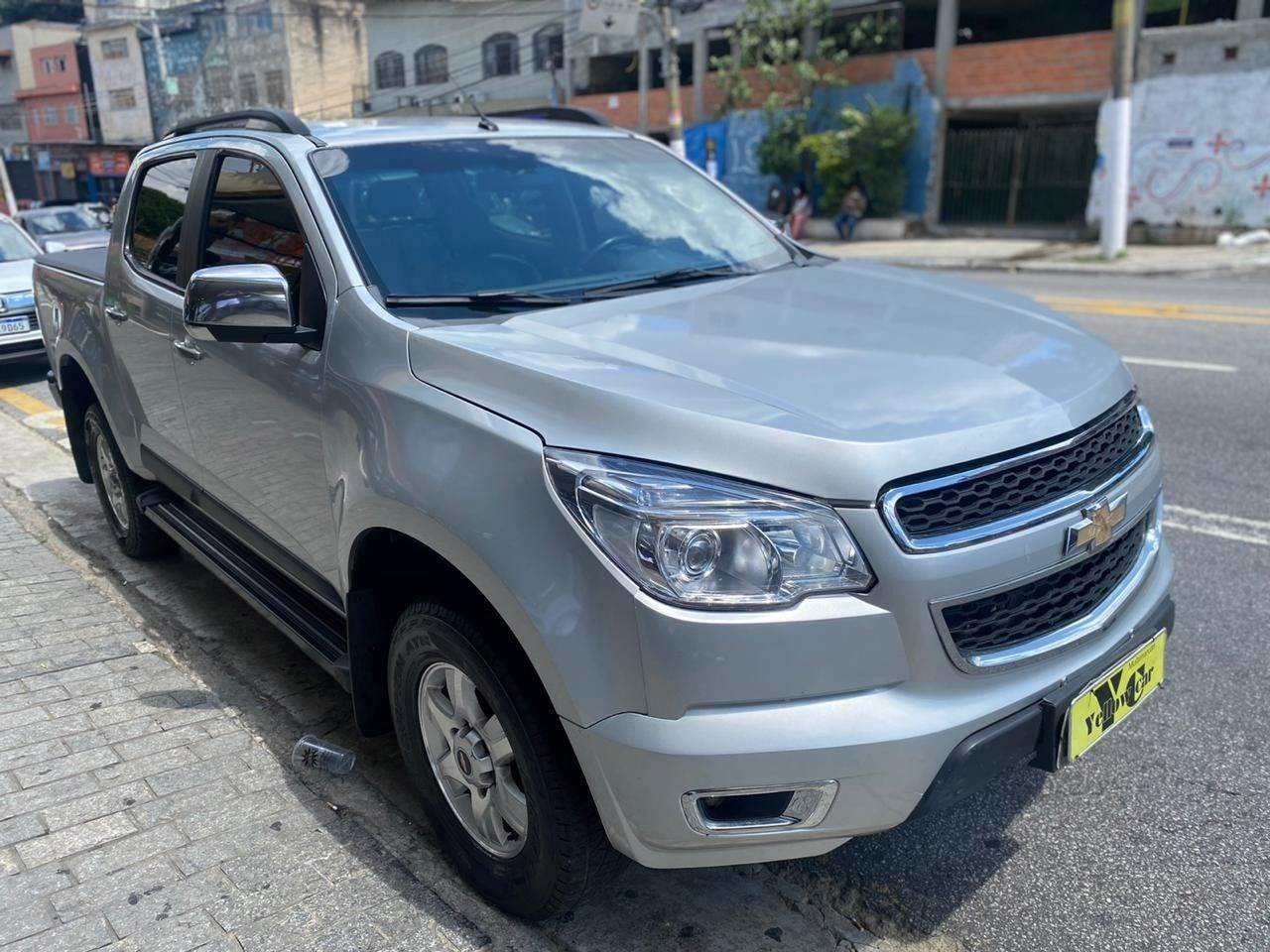 //www.autoline.com.br/carro/chevrolet/s-10-25-cd-ltz-16v-flex-4p-manual/2015/sao-paulo-sp/13909628