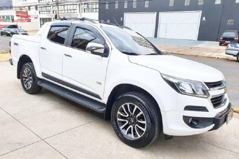 //www.autoline.com.br/carro/chevrolet/s-10-28-cd-high-country-16v-diesel-4p-4x4-turbo-au/2018/campinas-sp/14392368