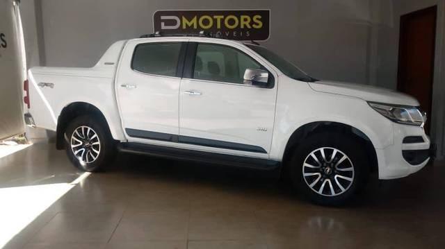 //www.autoline.com.br/carro/chevrolet/s-10-28-cd-100-years-16v-diesel-4p-4x4-turbo-autom/2018/brasilia-df/14438390