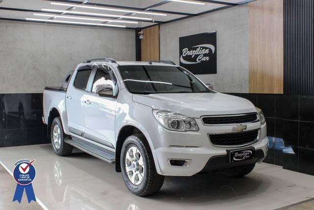 //www.autoline.com.br/carro/chevrolet/s-10-24-ltz-cd-8v-flex-4p-manual/2013/brasilia-df/14440895