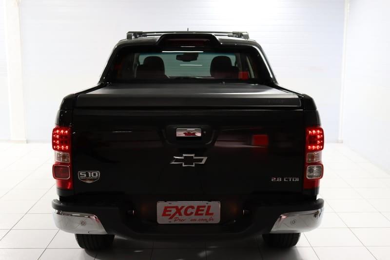 //www.autoline.com.br/carro/chevrolet/s-10-28-cd-high-country-16v-diesel-4p-4x4-turbo-au/2019/curitiba-pr/14458840