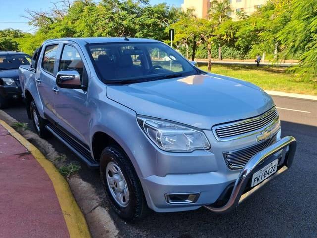 //www.autoline.com.br/carro/chevrolet/s-10-24-ls-cd-8v-flex-4p-manual/2013/ribeirao-preto-sp/14572990