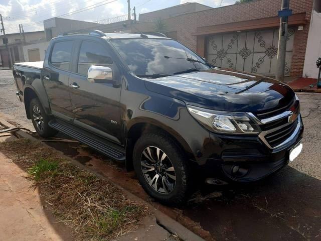 //www.autoline.com.br/carro/chevrolet/s-10-25-cd-ltz-16v-flex-4p-4x4-automatico/2018/ribeirao-preto-sp/14678052
