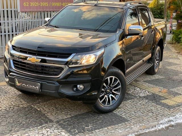 //www.autoline.com.br/carro/chevrolet/s-10-28-high-country-cd-16v-diesel-4p-4x4-turbo-au/2020/goiania-go/14877320