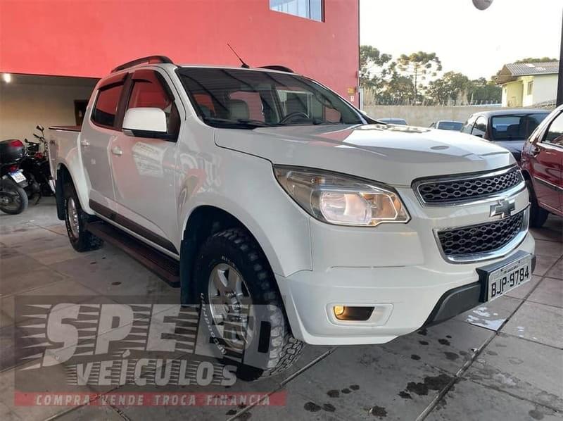 //www.autoline.com.br/carro/chevrolet/s-10-28-cd-lt-16v-diesel-4p-4x4-turbo-automatico/2014/agudos-do-sul-pr/14895236