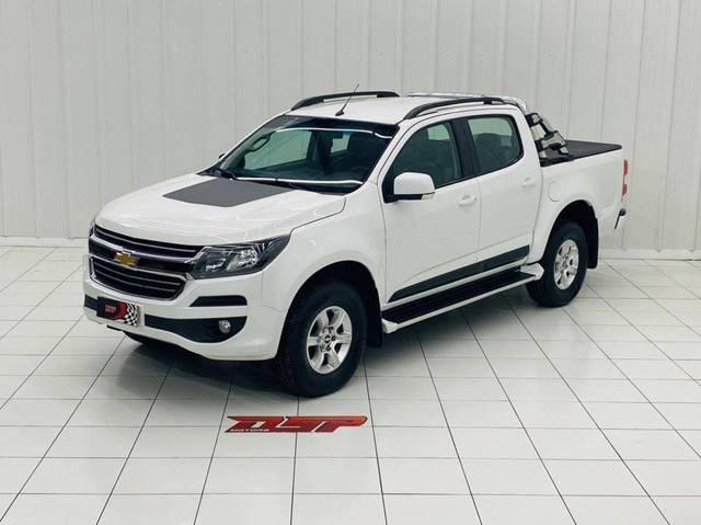 //www.autoline.com.br/carro/chevrolet/s-10-28-cd-ltz-16v-diesel-4p-turbo-automatico/2017/belem-pa/15205802