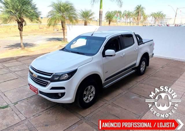 //www.autoline.com.br/carro/chevrolet/s-10-28-cd-lt-16v-diesel-4p-4x4-turbo-automatico/2019/brasilia-df/15793557