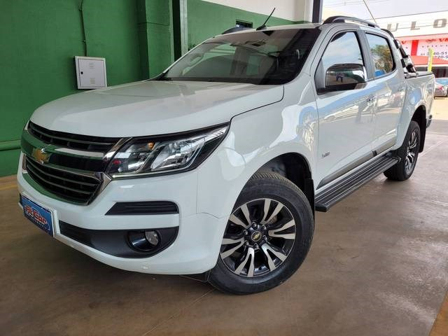 //www.autoline.com.br/carro/chevrolet/s-10-28-ltz-cd-16v-diesel-4p-4x4-turbo-automatico/2020/brasilia-df/15860111