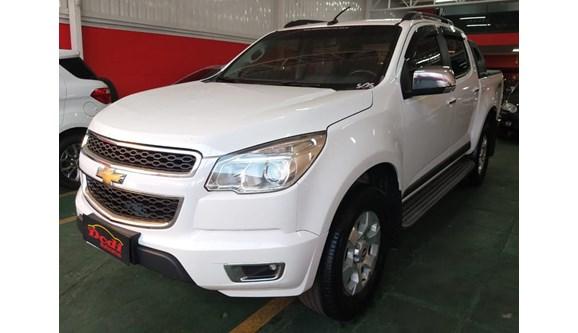//www.autoline.com.br/carro/chevrolet/s-10-28-ltz-16v-diesel-4p-automatico/2014/curitiba-pr/8541367