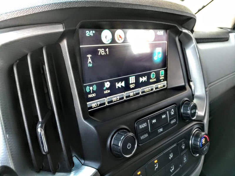 //www.autoline.com.br/carro/chevrolet/s-10-28-ltz-16v-diesel-4p-automatico-4x4-turbo-int/2019/ponta-grossa-pr/8950950
