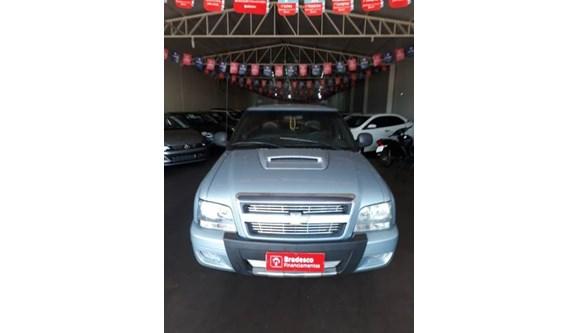 //www.autoline.com.br/carro/chevrolet/s-10-24-executive-8v-flex-4p-manual/2011/quirinopolis-go/9591293