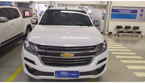 //www.autoline.com.br/carro/chevrolet/s-10-28-ltz-16v-diesel-4p-automatico-4x4-turbo-int/2017/goiania-go/9672198