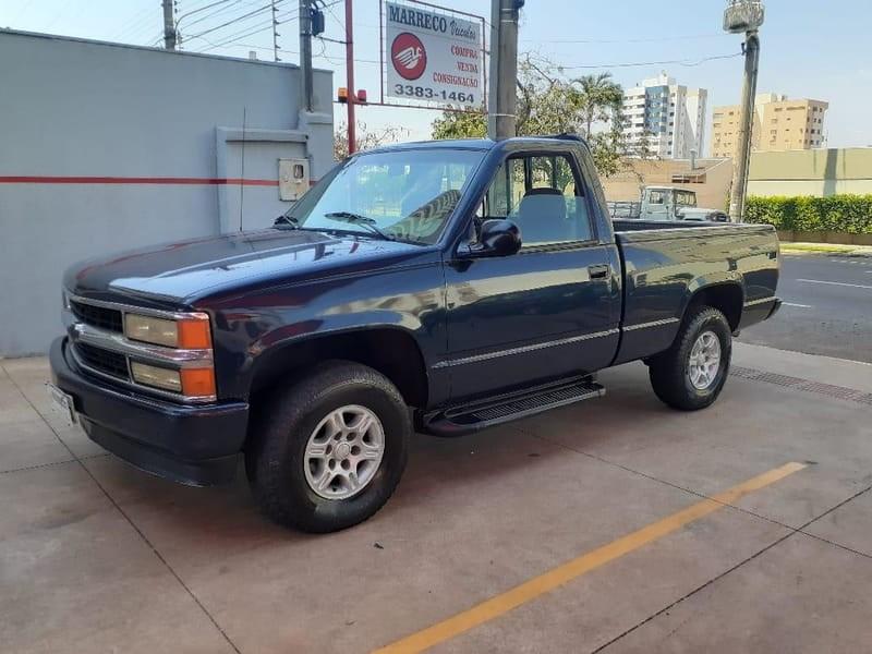 //www.autoline.com.br/carro/chevrolet/silverado-42-turbo-ic-cabsimp-168cv-2p-diesel-manual/1998/campo-grande-ms/14004495