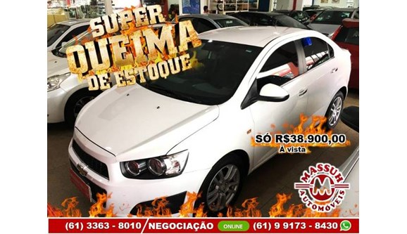 //www.autoline.com.br/carro/chevrolet/sonic-16-ltz-16v-sedan-flex-4p-automatico/2014/brasilia-df/11197893