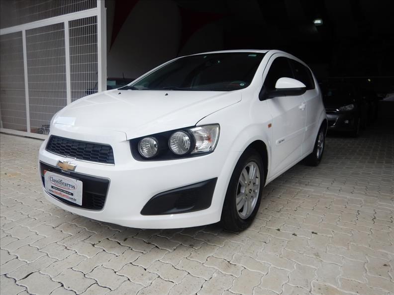 //www.autoline.com.br/carro/chevrolet/sonic-16-hatch-lt-16v-flex-4p-manual/2014/campinas-sp/12720954
