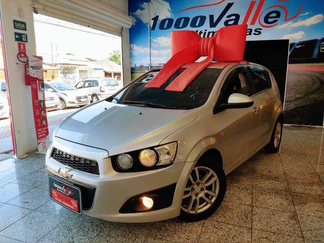 //www.autoline.com.br/carro/chevrolet/sonic-16-hatch-ltz-16v-flex-4p-automatico/2012/sao-jose-dos-campos-sp/13142825