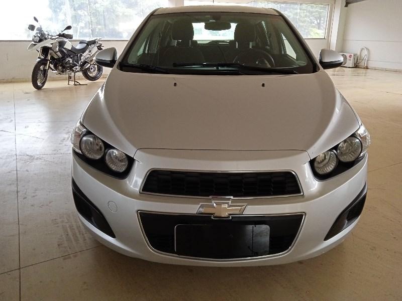 //www.autoline.com.br/carro/chevrolet/sonic-16-hatch-lt-16v-flex-4p-automatico/2013/campinas-sp/14199739