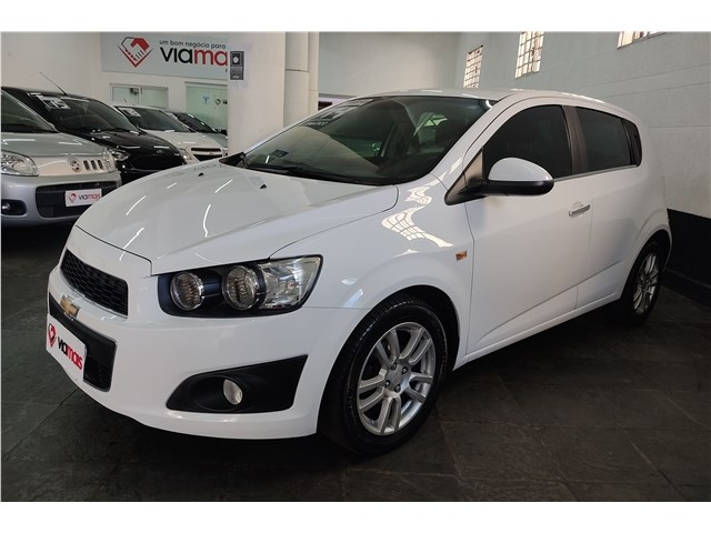 //www.autoline.com.br/carro/chevrolet/sonic-16-hatch-ltz-16v-flex-4p-automatico/2014/sao-paulo-sp/15210521