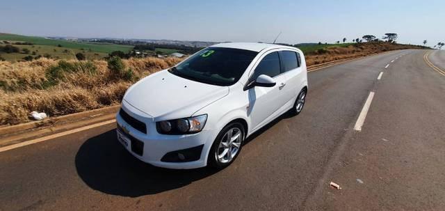 //www.autoline.com.br/carro/chevrolet/sonic-16-hatch-ltz-16v-flex-4p-automatico/2013/xanxere-sc/15417020