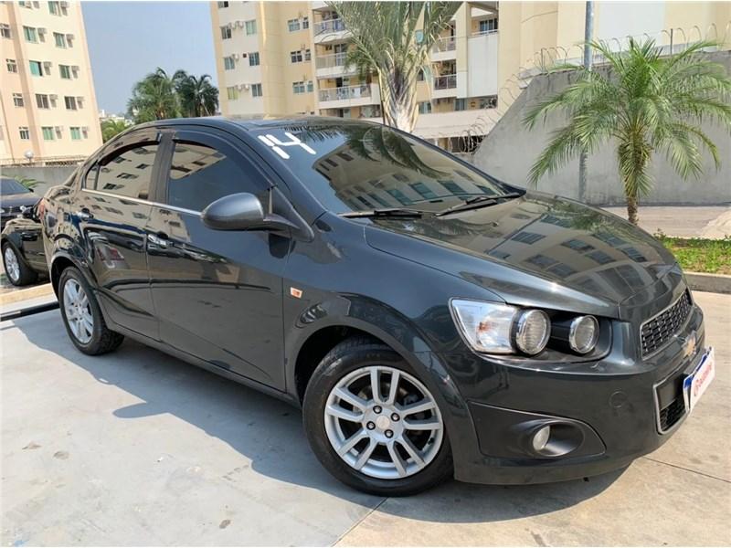 //www.autoline.com.br/carro/chevrolet/sonic-16-sedan-ltz-16v-flex-4p-automatico/2014/rio-de-janeiro-rj/15636073