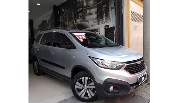 //www.autoline.com.br/carro/chevrolet/spin-18-activ-8v-flex-4p-automatico/2020/sao-paulo-sp/10481814