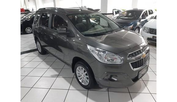 //www.autoline.com.br/carro/chevrolet/spin-18-lt-8v-106cv-4p-flex-automatico/2015/sao-paulo-sp/11099340