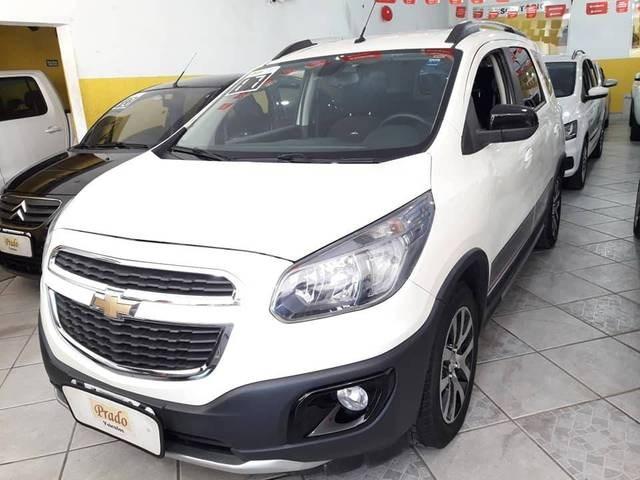 //www.autoline.com.br/carro/chevrolet/spin-18-activ-8v-flex-4p-automatico/2017/ubatuba-sp/12190788
