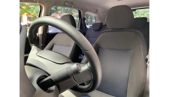 //www.autoline.com.br/carro/chevrolet/spin-18-lt-8v-flex-4p-automatico/2019/sao-paulo-sp/12758207