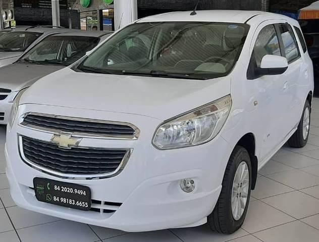 //www.autoline.com.br/carro/chevrolet/spin-18-lt-8v-flex-4p-automatico/2013/natal-rn/13968728
