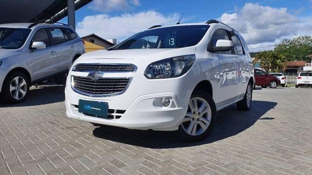 //www.autoline.com.br/carro/chevrolet/spin-18-ltz-7l-8v-flex-4p-automatico/2013/indaial-sc/14514712