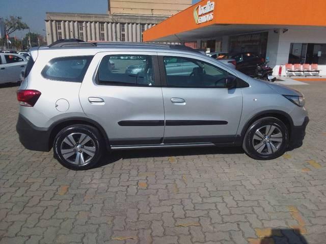 //www.autoline.com.br/carro/chevrolet/spin-18-activ-8v-flex-4p-automatico/2020/sao-paulo-sp/15211203