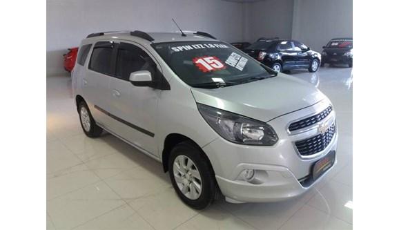//www.autoline.com.br/carro/chevrolet/spin-18-ltz-sr-soft-road-8v-106cv-4p-flex-automati/2015/sao-paulo-sp/8539843