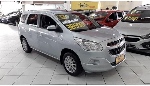 //www.autoline.com.br/carro/chevrolet/spin-18-lt-8v-106cv-4p-flex-automatico/2013/sao-paulo-sp/9435200