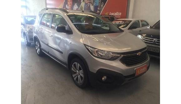 //www.autoline.com.br/carro/chevrolet/spin-18-activ-8v-flex-4p-automatico/2019/sao-paulo-sp/9659475