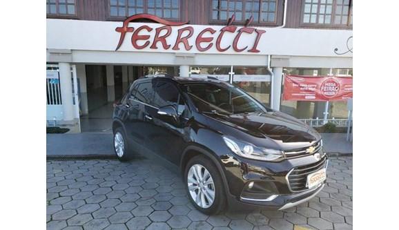 //www.autoline.com.br/carro/chevrolet/tracker-14-premier-16v-flex-4p-automatico-turbo/2018/guaramirim-sc/10130460